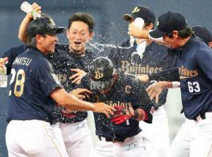 オリ サヨナラ打の後藤がヒーロー! - プロ野球ニュース : nikkansports.com