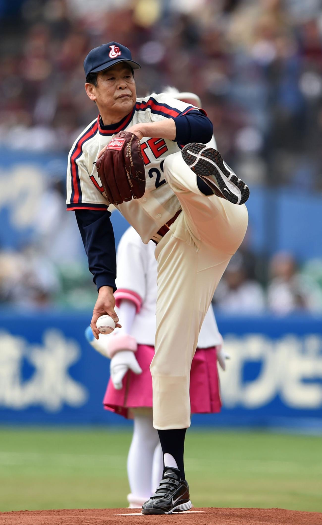 村田兆治氏 マサカリ投法で131キ...