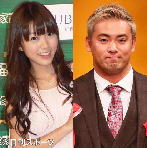 三森すずこ(左)とオカダ・カズチカ