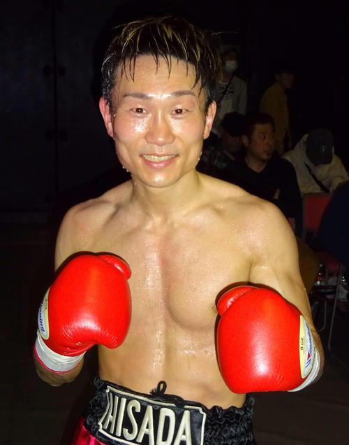 世界前哨戦を5回KO勝ちで飾った前日本ライトフライ級王者久田哲也(撮影・加藤裕一)