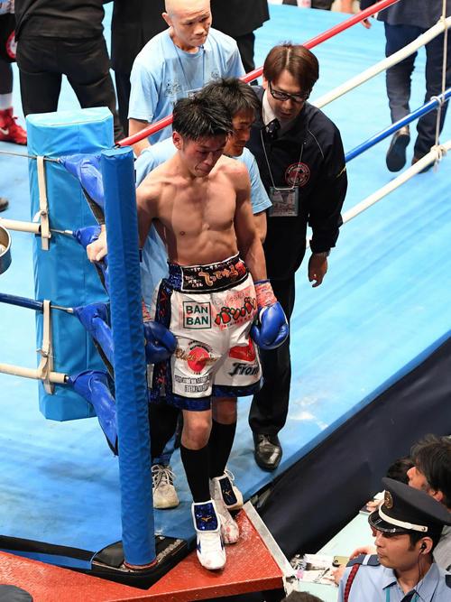 IBF世界フライ級タイトルマッチ モルティ・ムザラネに判定負けした黒田(撮影・たえ見朱実)