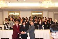 新日本プロレス親会社ブシロードが女子プロ団体買収 - プロレス : 日刊スポーツ