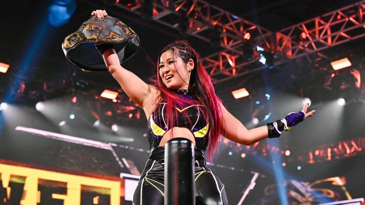 20年のNXT年間最優秀選手、NXT年間最優秀女子選手に選ばれた紫雷イオ(C)2020WWE,Inc.AllRightsReserved.