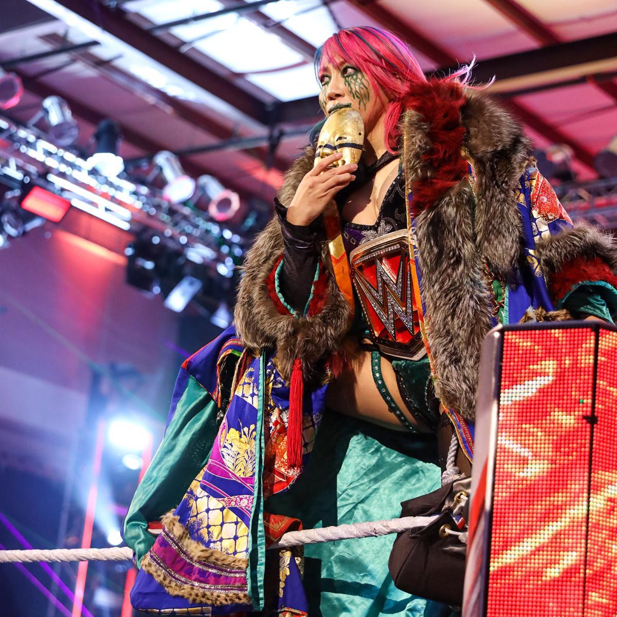 19日(日本時間20日)のロウ大会でシャーロット・フレアーと対戦するアスカ(C)2021 WWE, Inc. All Rights Reserved.