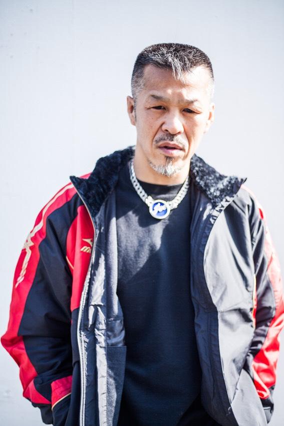 51歳になった今も現役を貫く辰吉丈一郎。眼光の鋭さは変わらない(辰吉家提供)