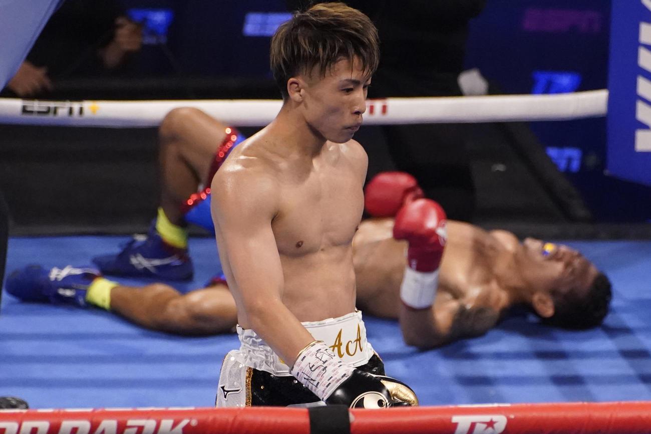 3回TKOでダスマリナスを倒した井上尚弥(AP)