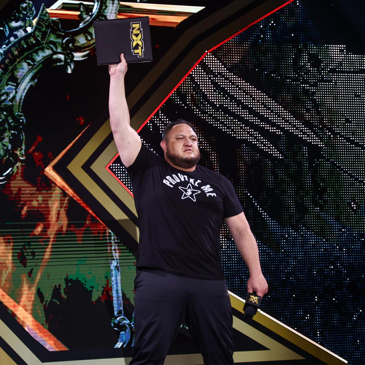GM補佐から選手への復帰、NXT王座挑戦が電撃的に決まったサモア・ジョー(C)2021 WWE, Inc. All Rights Reserved.