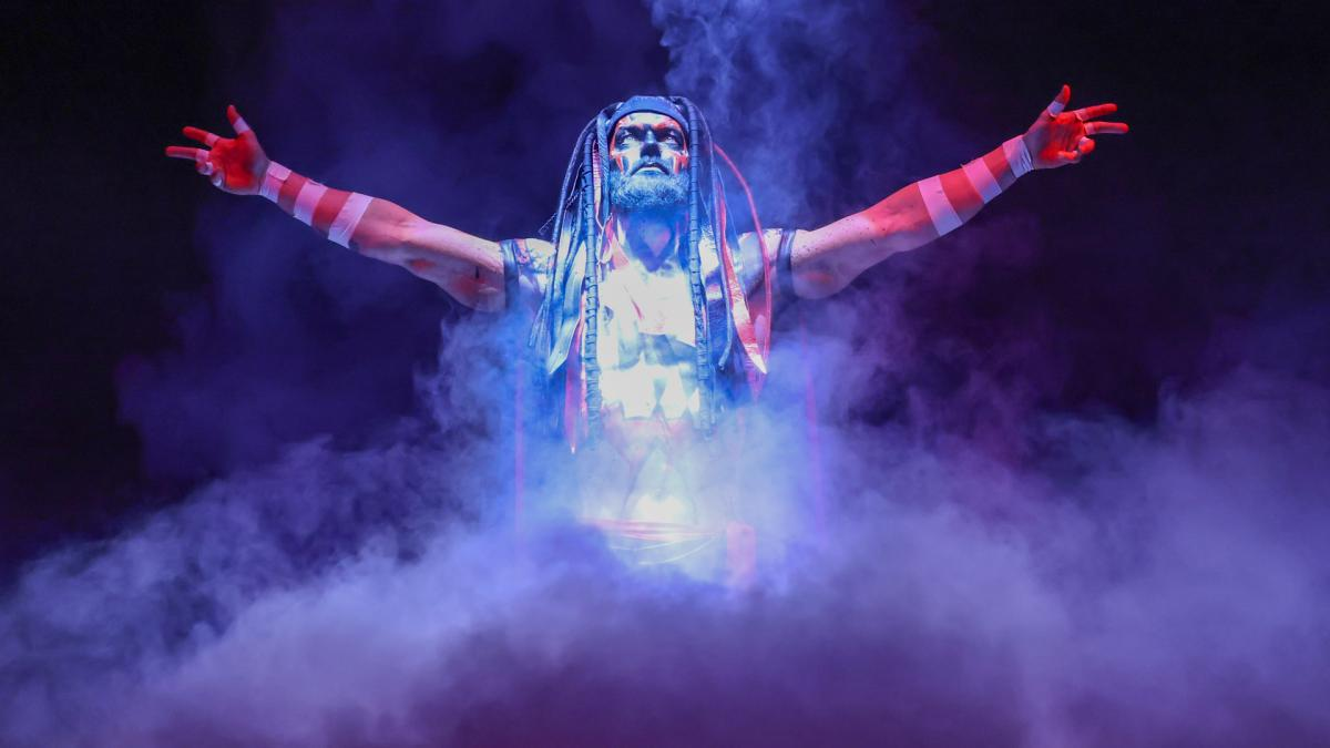 「ザ・デーモン」仕様で姿をみせたベイラー(C)2021 WWE, Inc. All Rights Reserved.