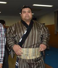 高安が1敗堅守も課題「土俵際で腰が高かった」 - 大相撲 : 日刊スポーツ
