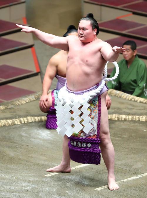 白鵬、鶴竜が秋場所休場か、37年ぶり横綱不在も - 大相撲写真ニュース ...