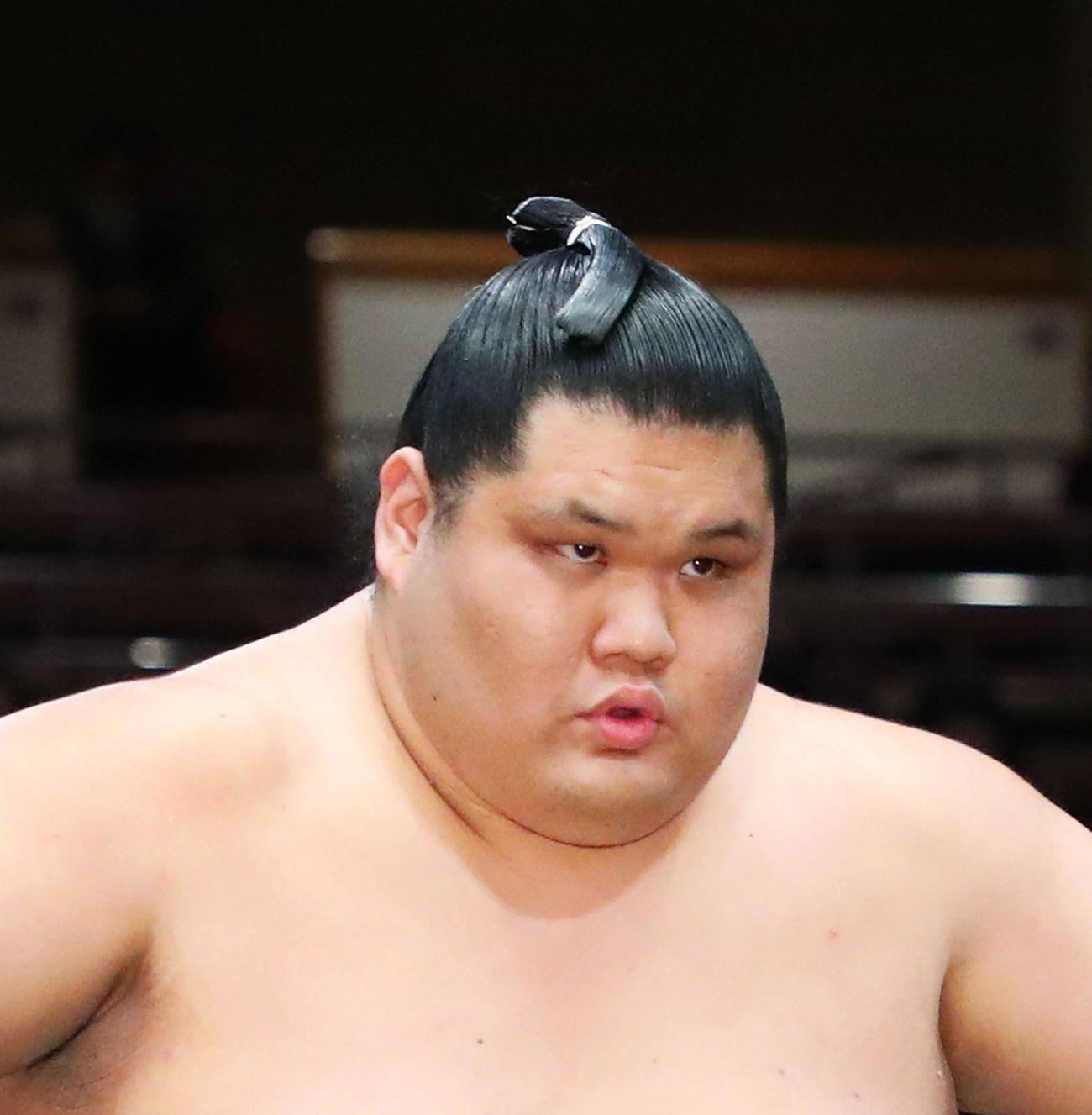 三段目優勝の小城ノ浜(撮影・河田真司)