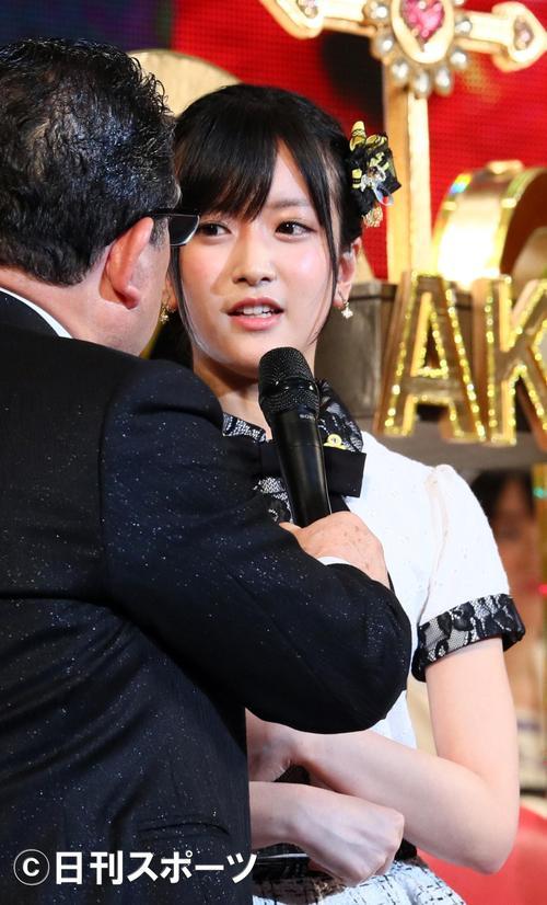 17年6月、結婚を発表する須藤凜々花