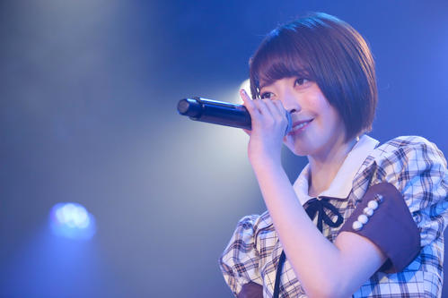 卒業公演で歌うNGT48菅原りこ(C)AKS