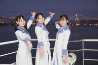 STU48初の船上劇場「大好きな人」300人熱狂 - AKB48 : 日刊スポーツ