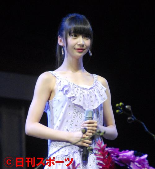 荻野由佳(17年12月1日撮影)