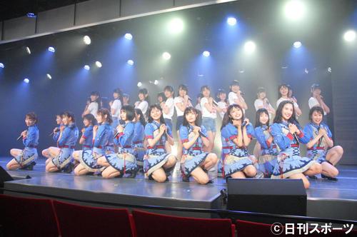 新公演「夢を死なせるわけにいかない」の公開ゲネプロで「Maxとき315号」を全員で披露したNGT48(撮影・大友陽平)