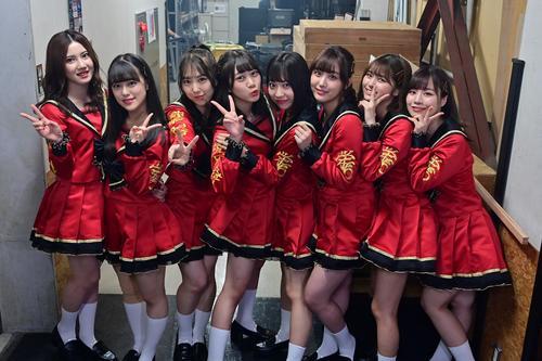 Zepp Nagoya公演にのぞんだSKE46の6期生(左から、北川綾巴、竹内彩姫、熊崎晴香、井田玲音名、日高優月、鎌田菜月、北野瑠華、青木詩織)