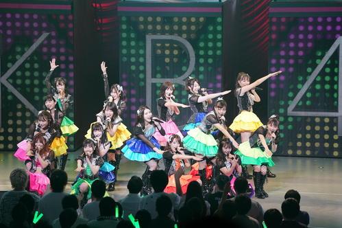 全国ツアー東京公演を行ったAKB48チームK(C)AKS
