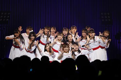 初の全国ツアー初日公演を行ったSTU48