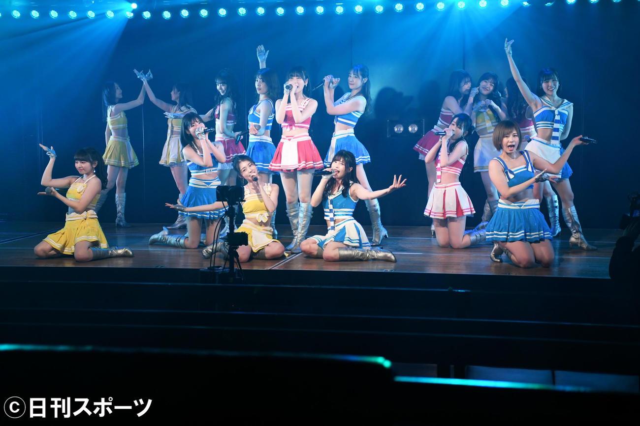 無観客での配信公演を行ったAKB48チームB(2020年3月12日撮影)