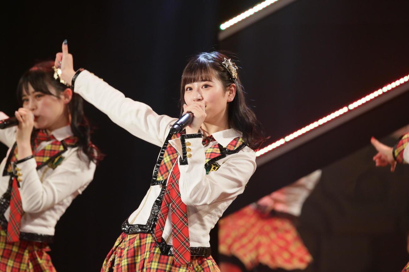 無観客の配信限定公演で卒業公演を行ったHKT48月足天音(C)AKS