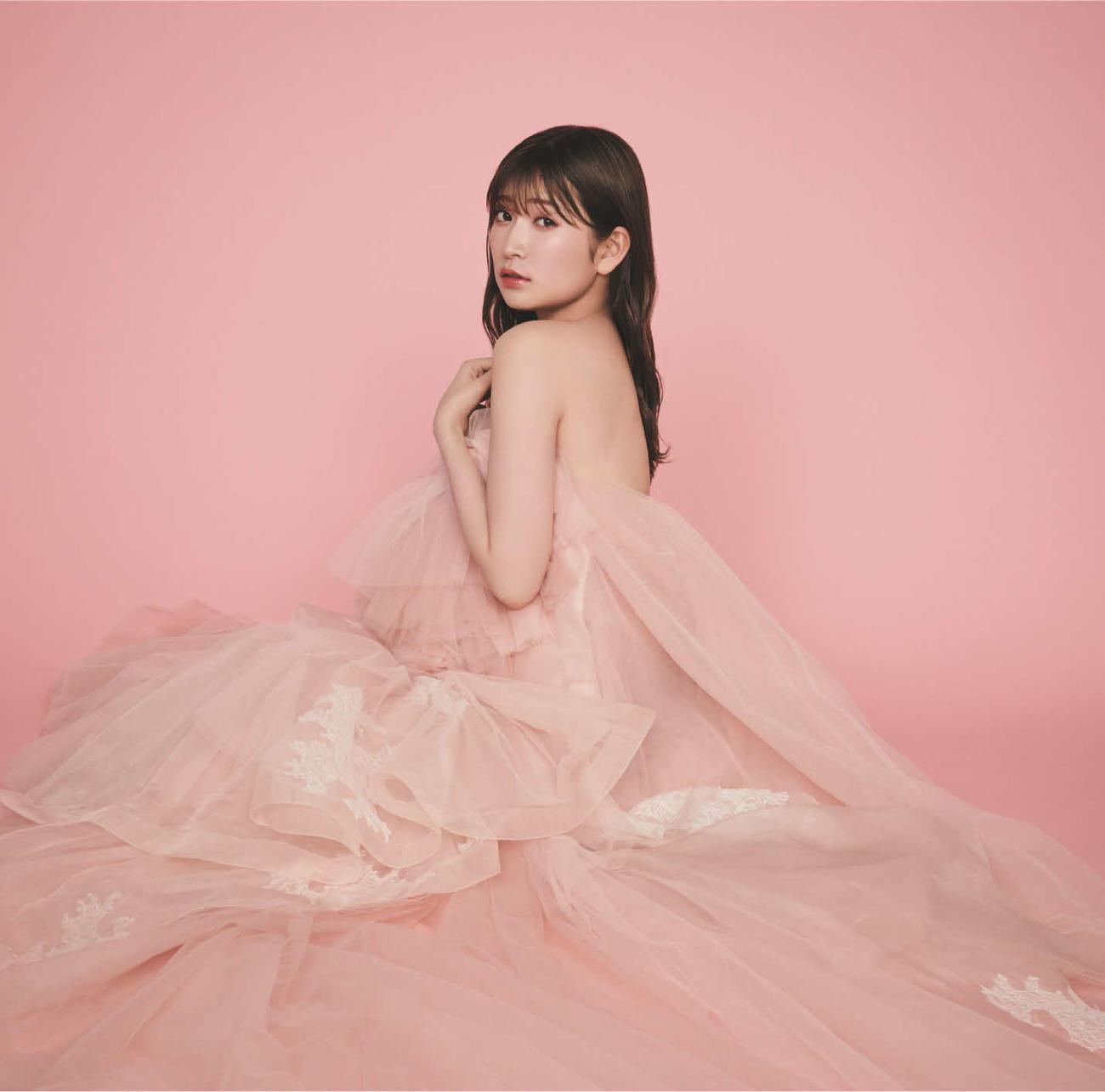 11月18日発売の24枚目シングル「恋なんかNo thank you!」の完全生産限定盤 (C)NMB48