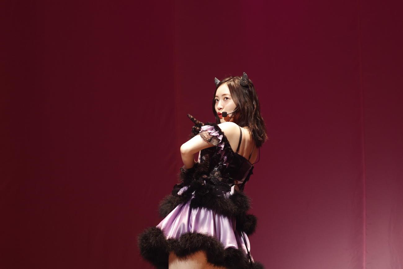 卒業コンサート昼公演で「わるじゅり」を歌う松井珠理奈(C)2021 Zest,Inc./AEI