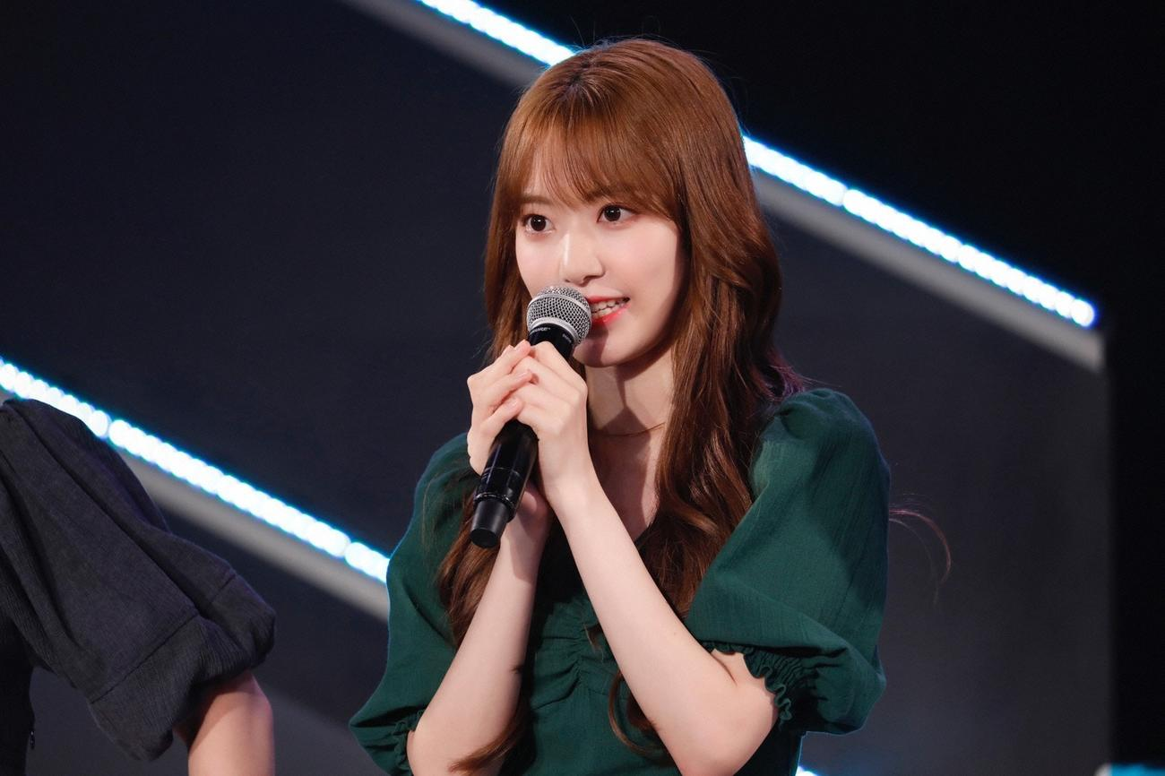 HKT48「君とどこかへ行きたい」発売記念イベントでグループ卒業を発表した宮脇咲良(C)Mercury
