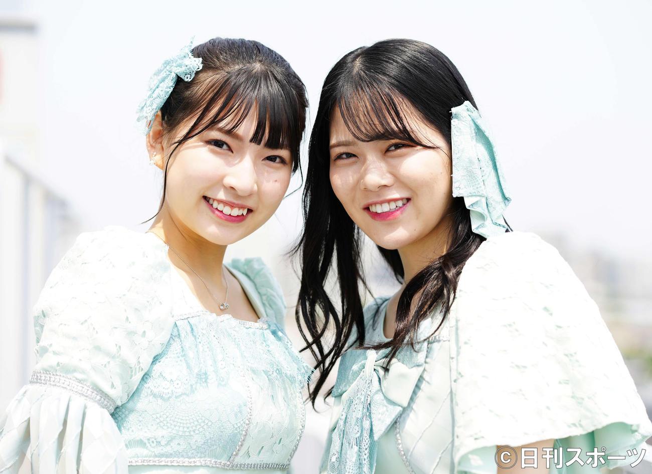 Nona Diamondsの三村妃乃(左)と矢野帆夏(2021年6月撮影)