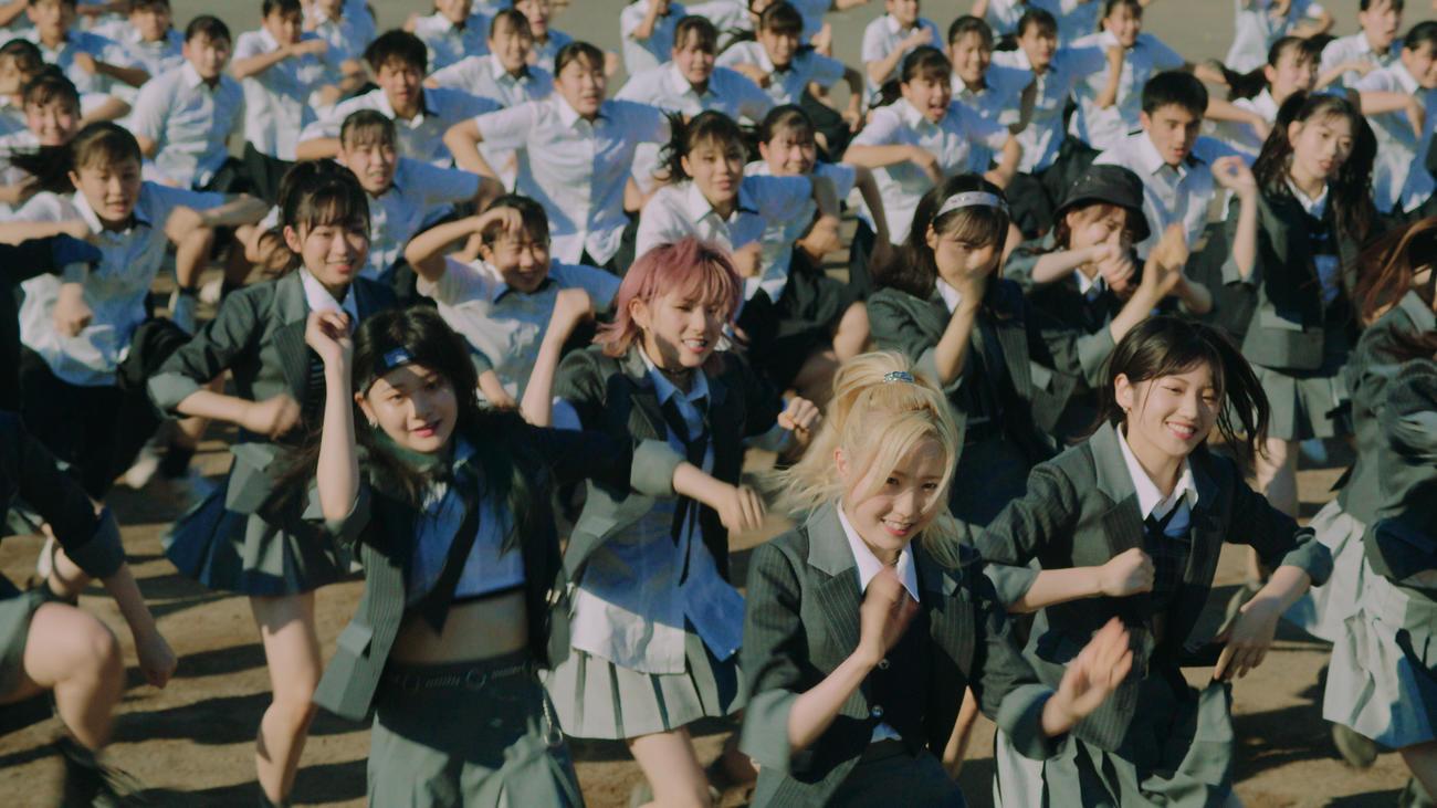 公開されたAKB48の新曲「根も葉もRumor」のダンスバージョン動画(C)AKB48/キングレコード