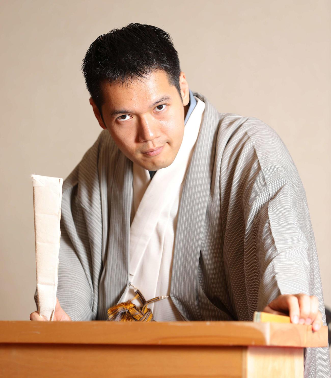 寄席に戻る日に備えてひたすら稽古に励む講談師神田伯山