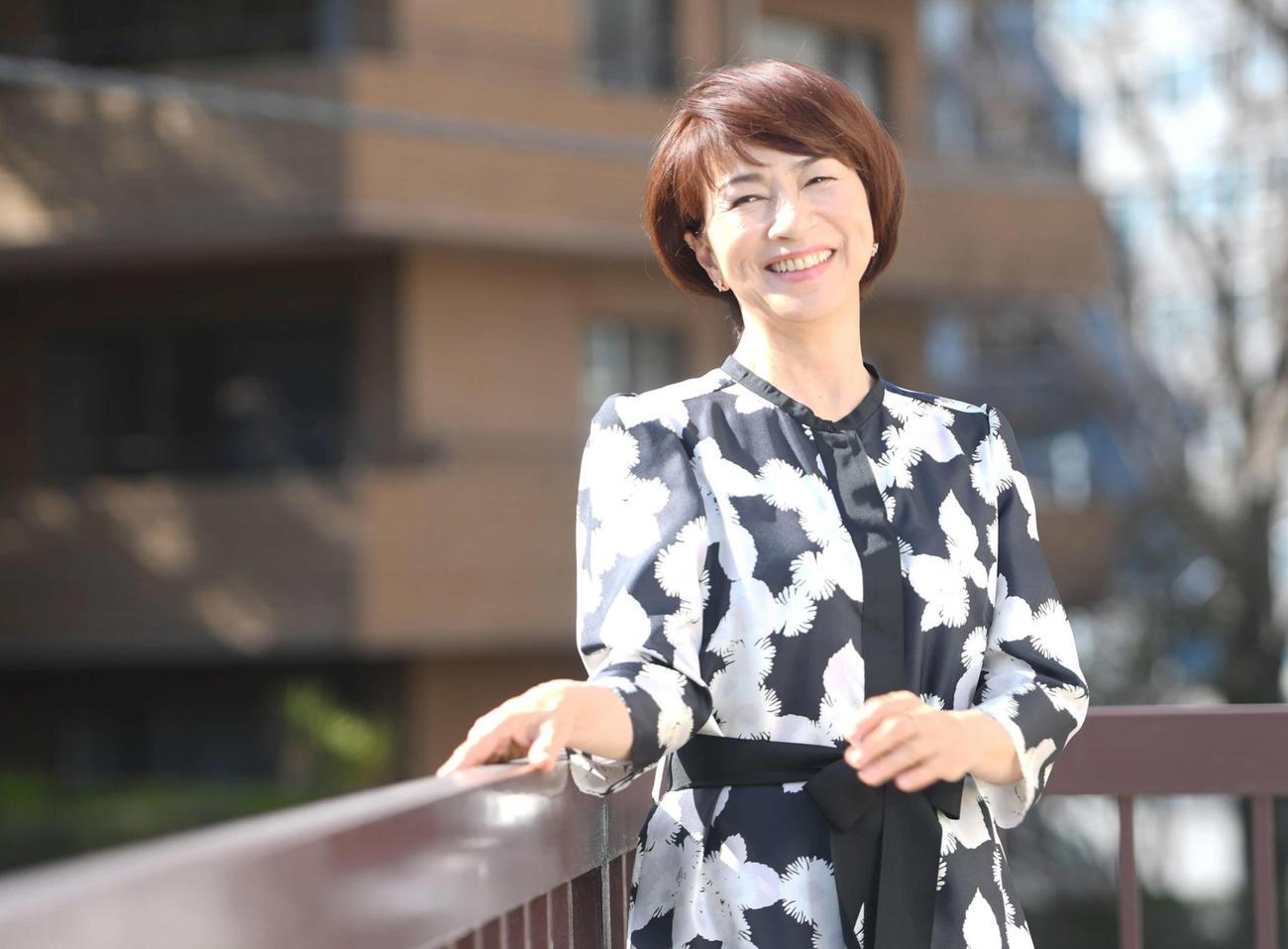 認知症を患った母のドキュメンタリー映画「女優 原田ヒサ子」で監督、制作、撮影、編集を務めた原田美枝子。母への思いを語ってくれた(撮影・たえ見朱実)
