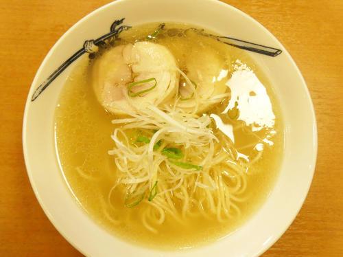 「麺屋武蔵」が開発した「あら~麺」。澄んだスープの香りも味も、たまらない