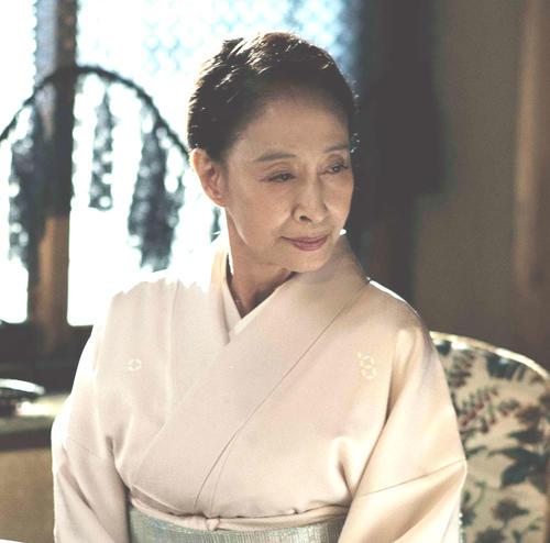 18年4月、映画「娼年」で老婆を演じた江波杏子さん