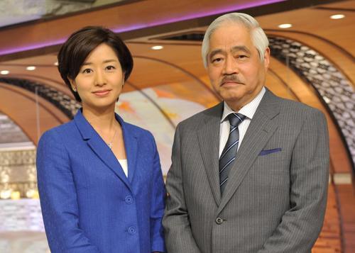 TBS系「NEWS23」のアンカーを務めていた岸井成格さん(右)と膳場貴子キャスター