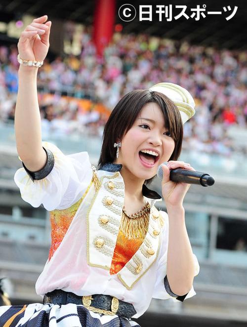 13年6月、第5回総選挙イベントで熱唱するSKE48の矢方美紀