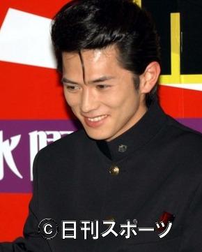 死亡 俳優 仮面 ライダー 野邉大地さん21歳で死去、飛び降りる訓練の直後に。「仮面ライダービルド」のアクション担当