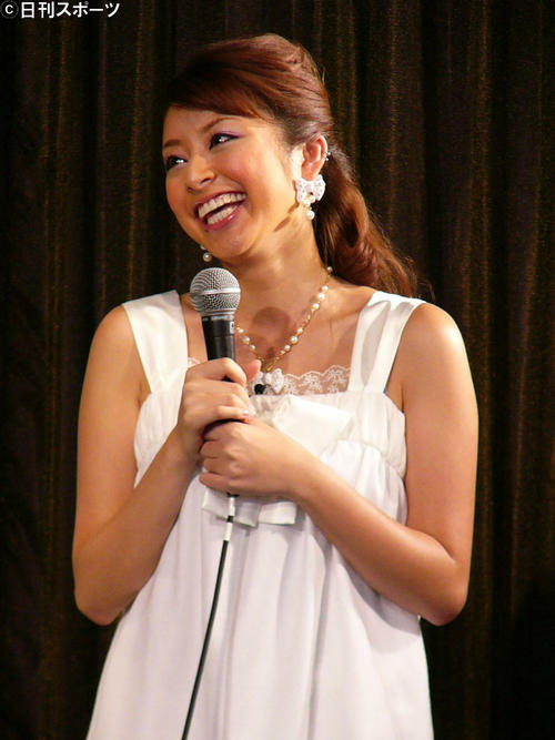 モデル土岐田麗子が結婚していた、1歳下一般男性