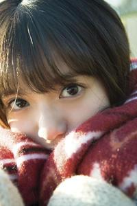 累計発行20万部を突破した齋藤飛鳥の写真集「潮騒」の未収録カット(撮影・細居幸次郎)