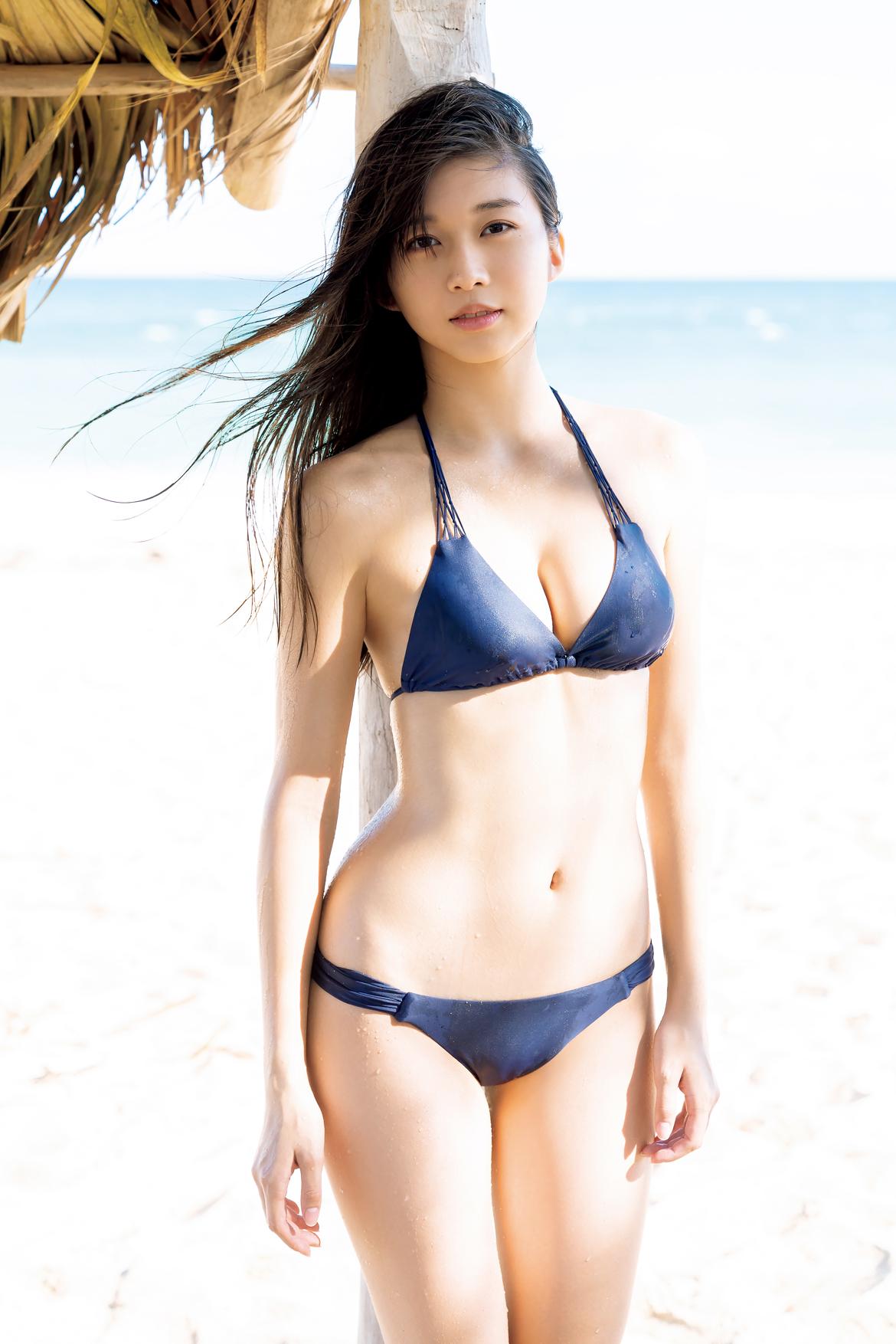 【美少女】モー娘。牧野真莉愛、キューバのビーチでピュアすぎるセクシービキニ姿を大胆披露!