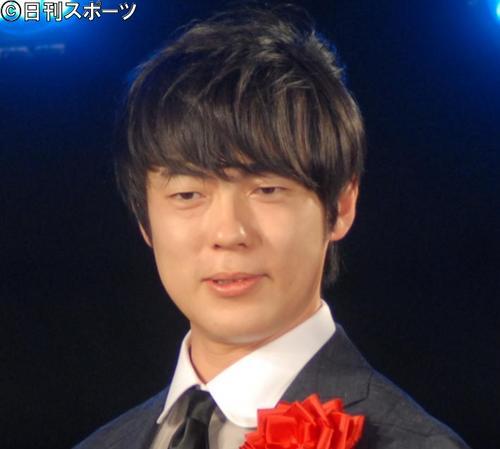 ウーマンラッシュアワー村本大輔(17年7月撮影)