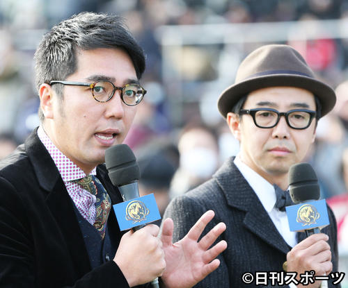 おぎやはぎの小木博明(左)と矢作兼