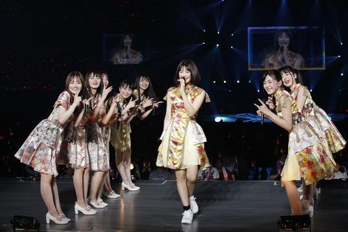 初の単独ライブを開催した乃木坂46の4期生。センターパフォーマンスする清宮レイ