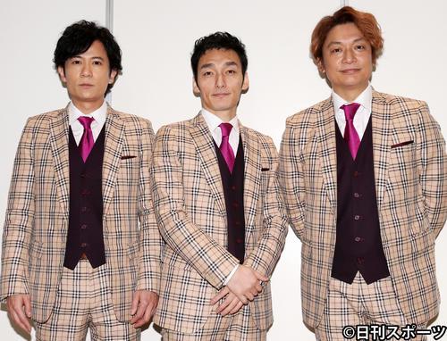 左から稲垣吾郎、草なぎ剛、香取慎吾