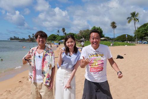 テレビ東京系「モヤモヤさまぁ~ず2」の4代目アシスタントに就任した田中瞳アナウンサー(中央)。さまぁ~ず大竹一樹(左)と1人おいて三村マサカズ