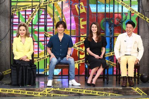 左からデヴィ夫人、武田真治、ダレノガレ明美、和泉元彌(カンテレ提供)