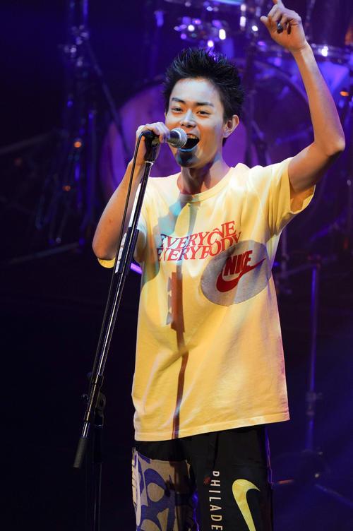 福岡でツアー初日公演を開催した菅田将暉