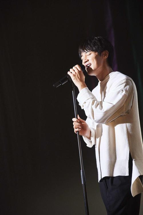 日本デビュー10周年記念のファンミーティングを行ったソンモ