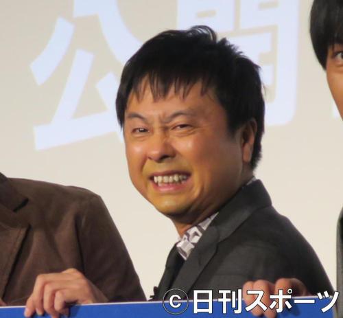 次長課長の河本準一(2017年12月12日撮影)