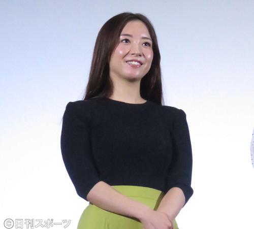 映画「ホラーちゃんねる」初日舞台あいさつに登壇した園都(撮影・大井義明)